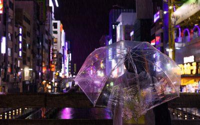 Regenwetter-Outfit: Das sind die Must-Have Pieces