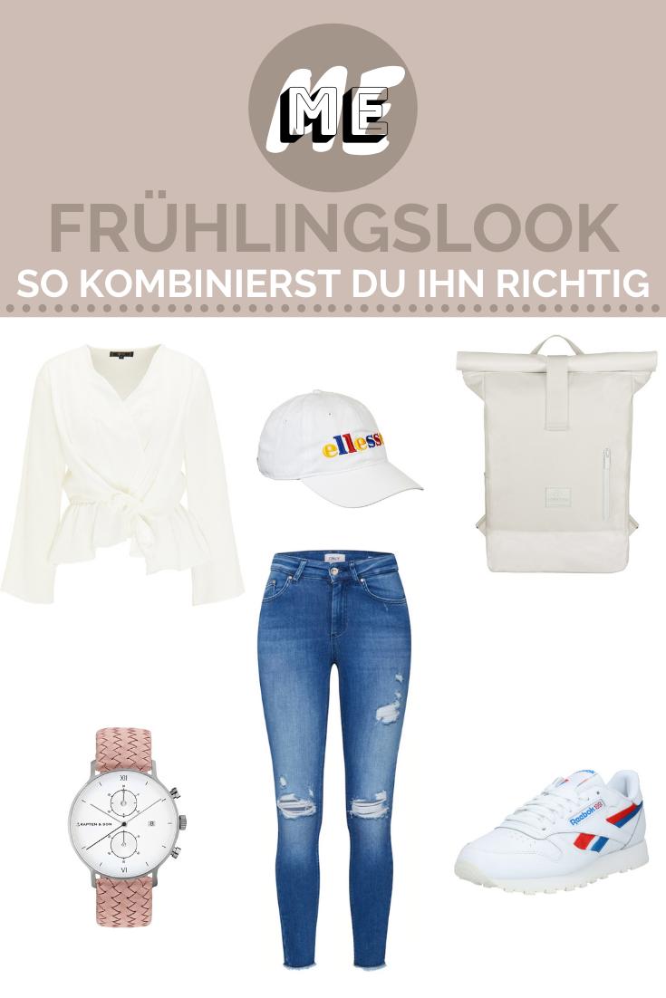 Collage eines Frühlingslooks mit einer Jeans, einer Bluse, einer Cap, einem Rucksack, Sneakern und einer Uhr