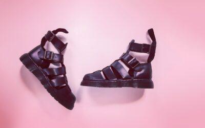 Wie kombiniert man Damen Sandalen am besten?